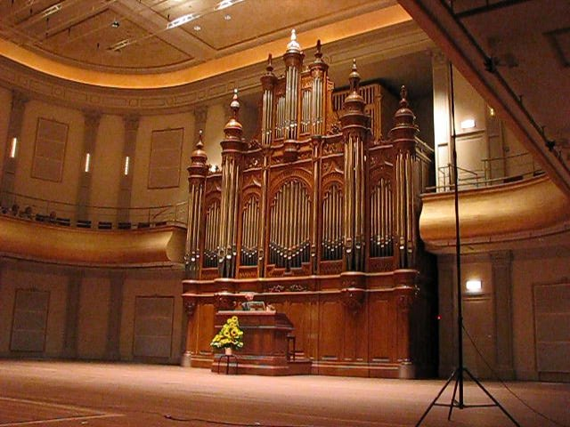 Het Cavaillé-Coll orgel