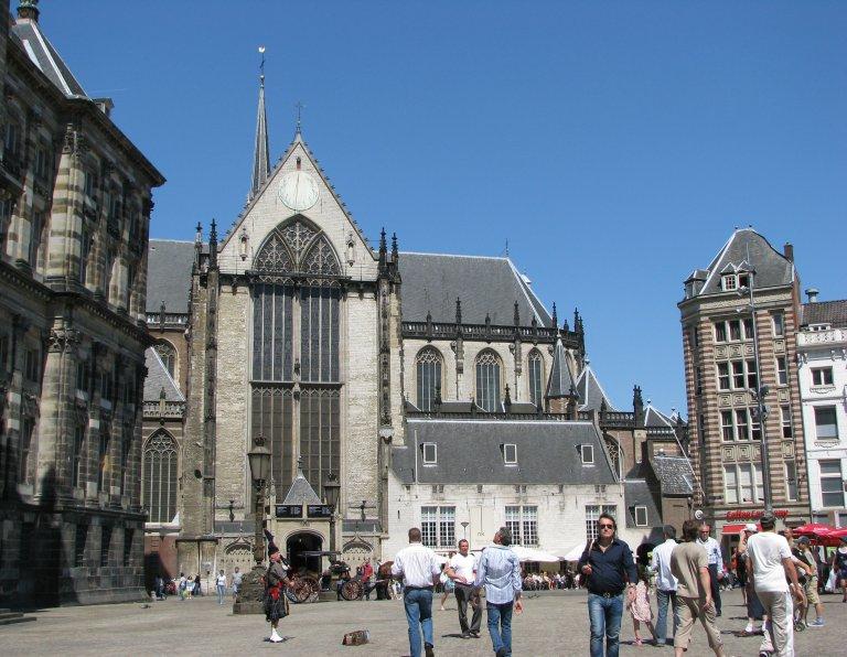 De Dam met de Nieuwe Kerk