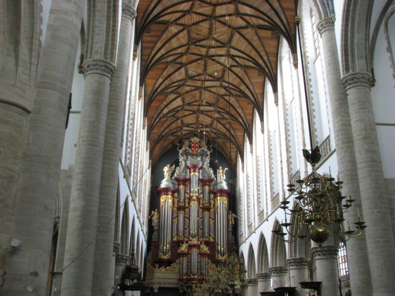 Orgel vanuit het koor