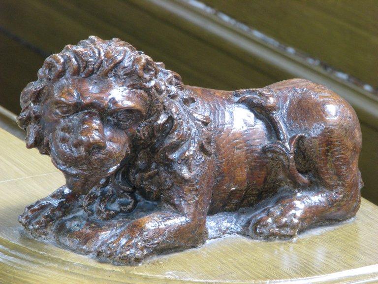Gesneden leeuw, detail herenbank