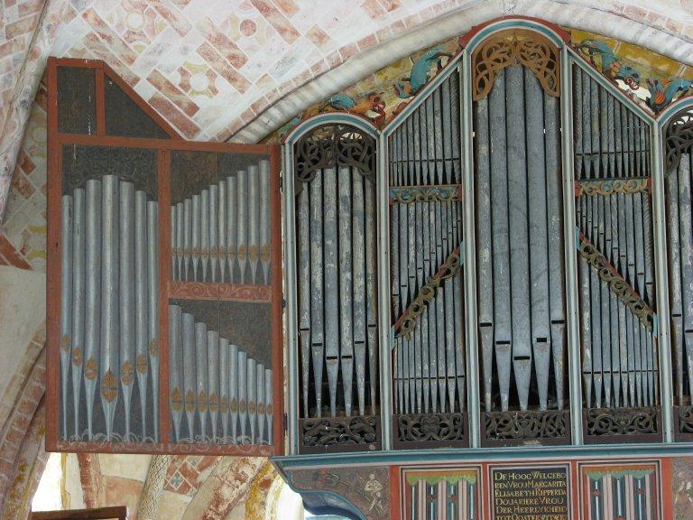 Dorpskerk Krewerd Orgelfront 1531 Links