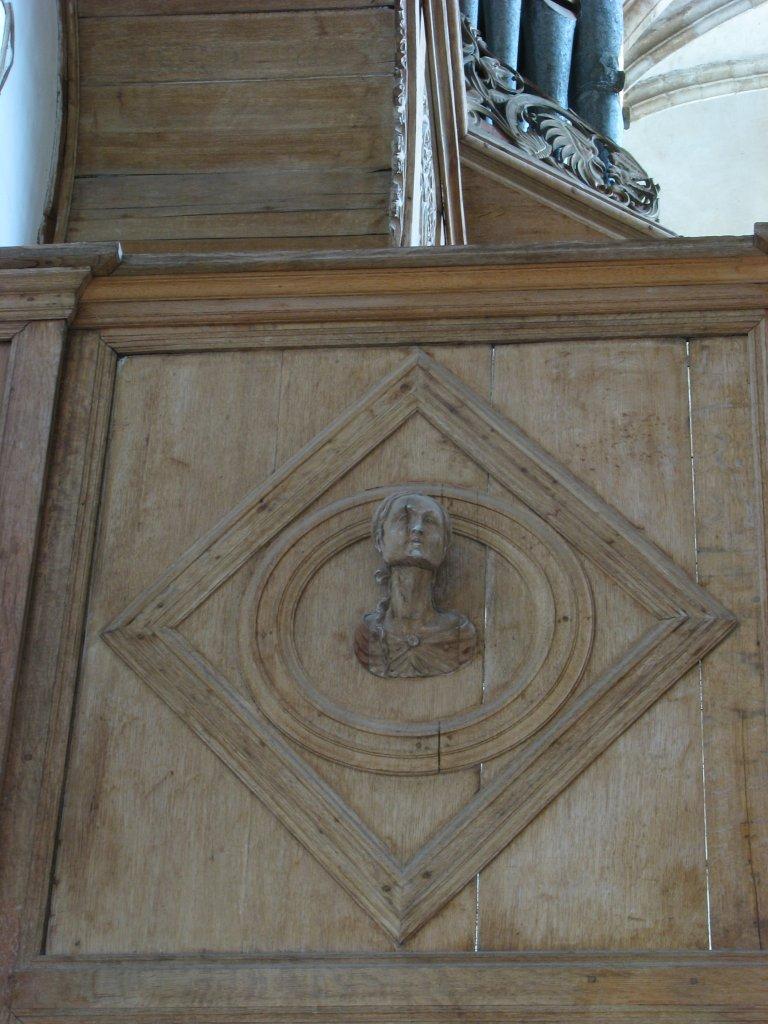 Portretmedaillon op zijkant Balustrade