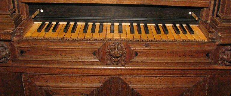 Midwolde Dorpskerk, Klavier