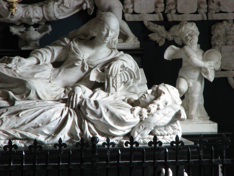 Midwolde Dorpskerk, Grafmonument Rombout Verhulst, detail