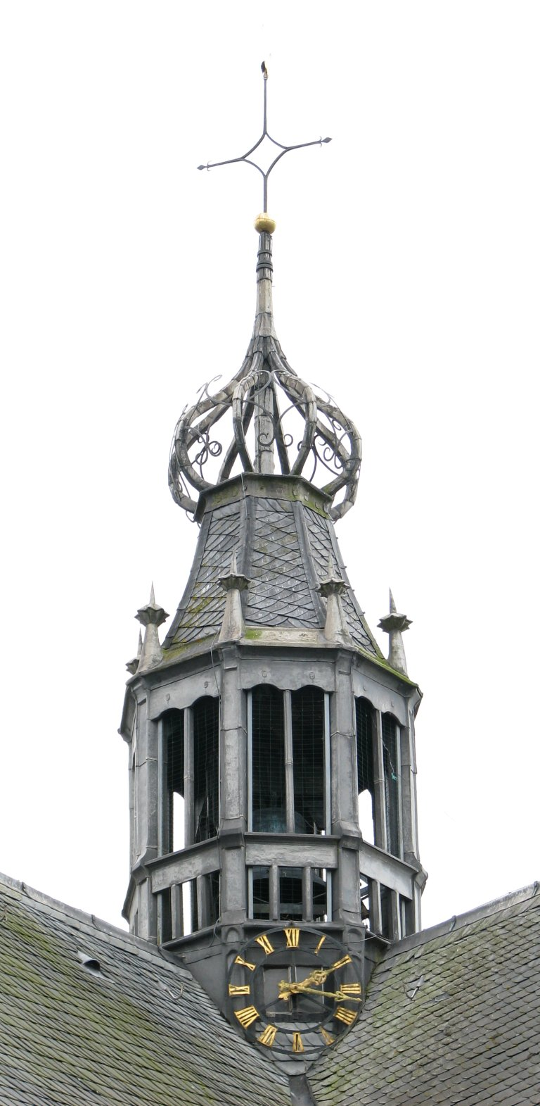 Kruistoren met opengewerkte peer