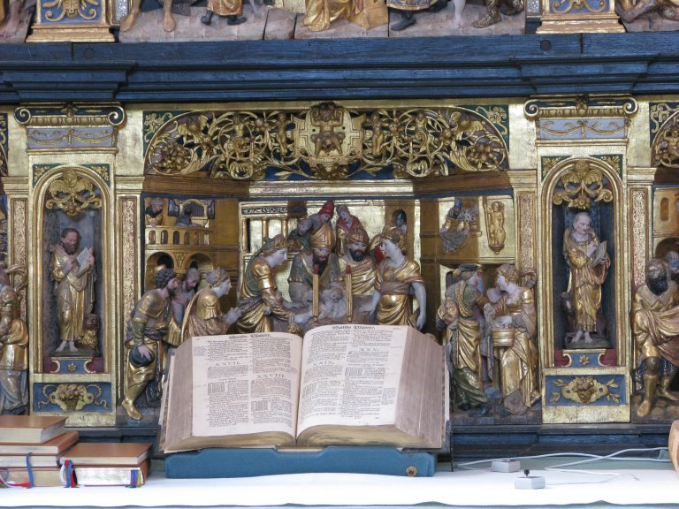 Altaar, paneel met orgel