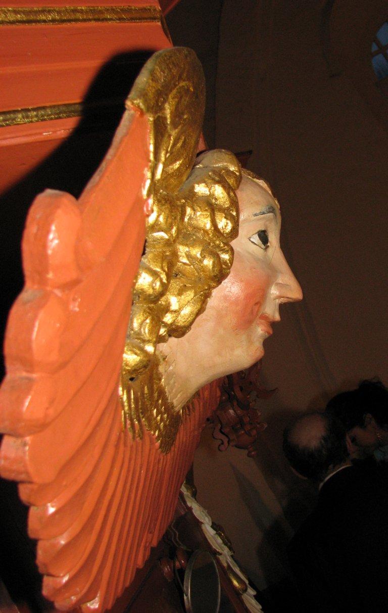 Engel boven het klavier